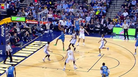 Wiggins Throws It Down