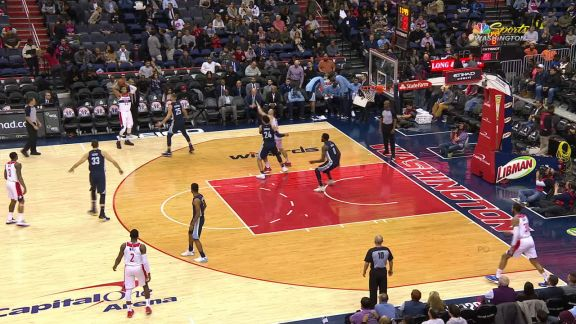Gortat Drives For The Dunk