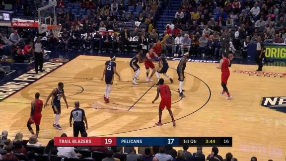 Holiday Steal And Slam