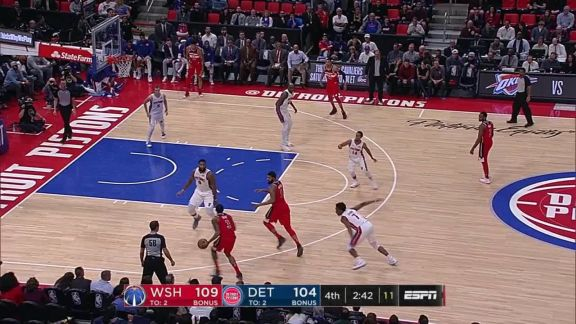 Oubre Jr. Four-Point Play