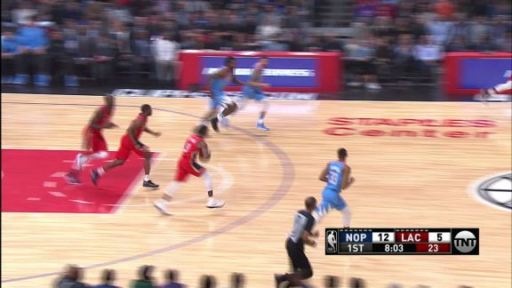Holiday Connects With Davis For Alley-oop Slam