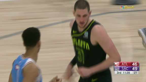 Muscala Lays It In