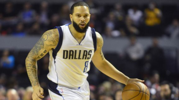 Deron Williams Dishes Out Dimes In Mexico City