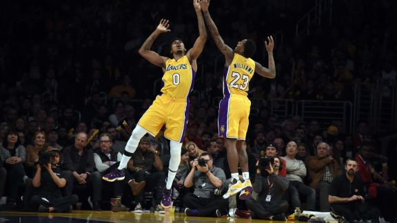 GAME RECAP: Lakers 108, Pacers 96