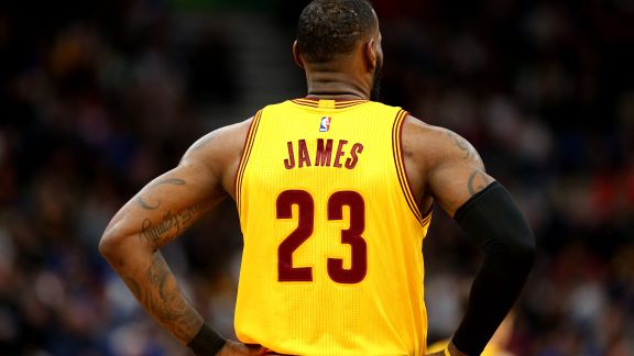 LeBron James Nominated for Player of the Month