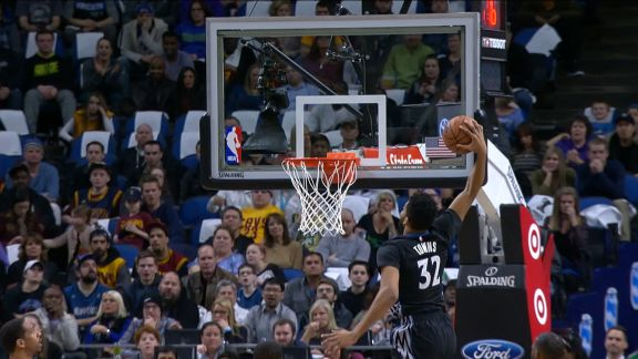 Dunk of the Night - Karl-Anthony Towns