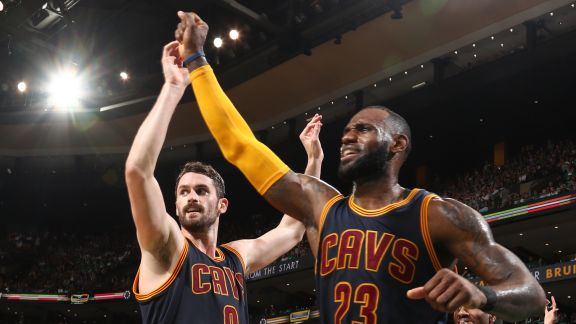 LeBron Leads Cavs with 30 Points