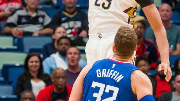 Highlights: Anthony Davis vs. Clippers