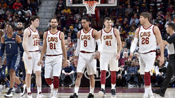 Cavs Players 2018 >> Cavs Crush Pistons Complete Homestand In Style Cleveland