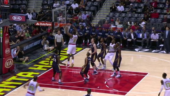 Hawks Big Men Connect On Alley-Oop