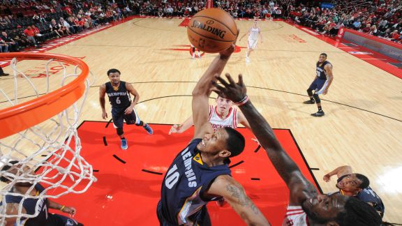 Grizzlies outlast Rockets in 2OT